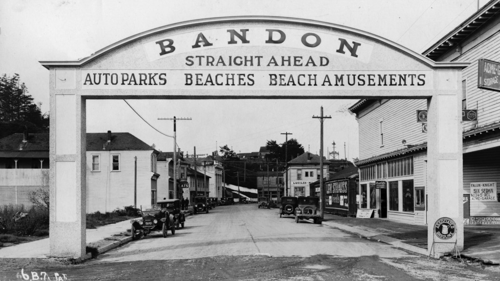 Bandon-arches-1928_Bandon-Historical-Society