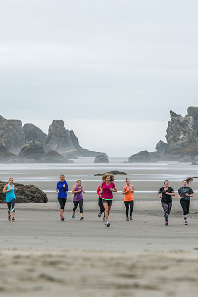running on the beach bandon oregon cardas photography