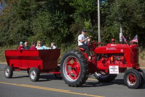 red tractor, parade, Bandon Cranberry Festival 2016