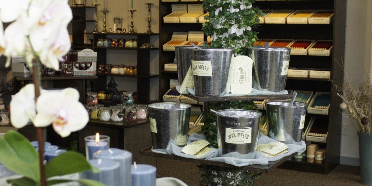 candle display, Esscents, Bandon, Oregon