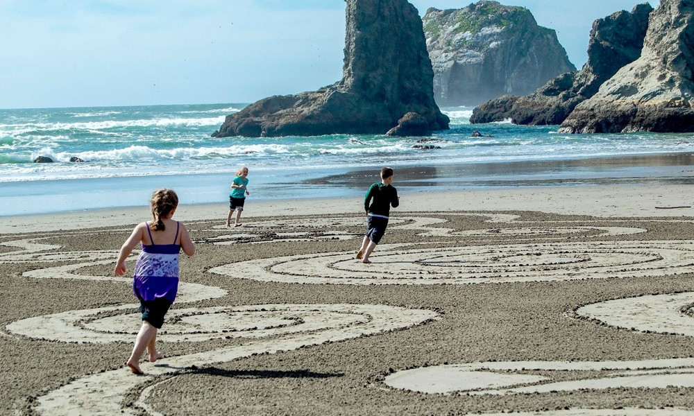 bandon beach labyrinth hansen