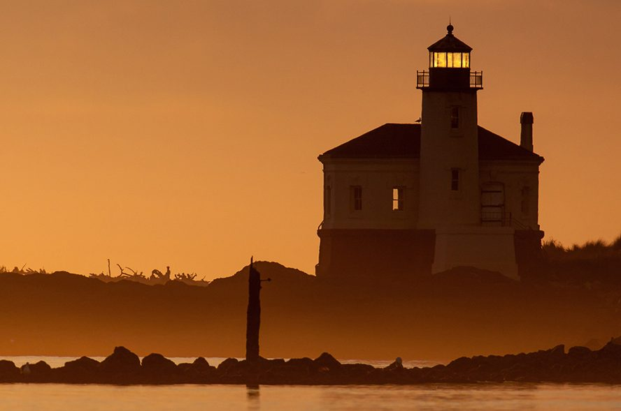 Coquille River Lighthouse, sunset, Bandon, Oregon