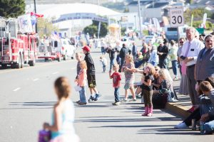 crowd, children, fire trucks, parade, Bandon Cranberry Festival 2016